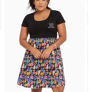 Torrid PLUS Sz 5x Disney Alice in Wonderland Dress
